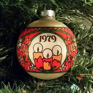 Hallmark 1979 The Light of Christmas Ornament